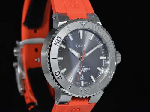 AQUIS DATE RELIEF 43.50 MM Ref. 01 733 7730 4153 - NUOVO