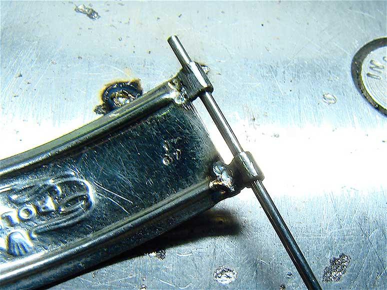 Riparazione di cerniera Rolex